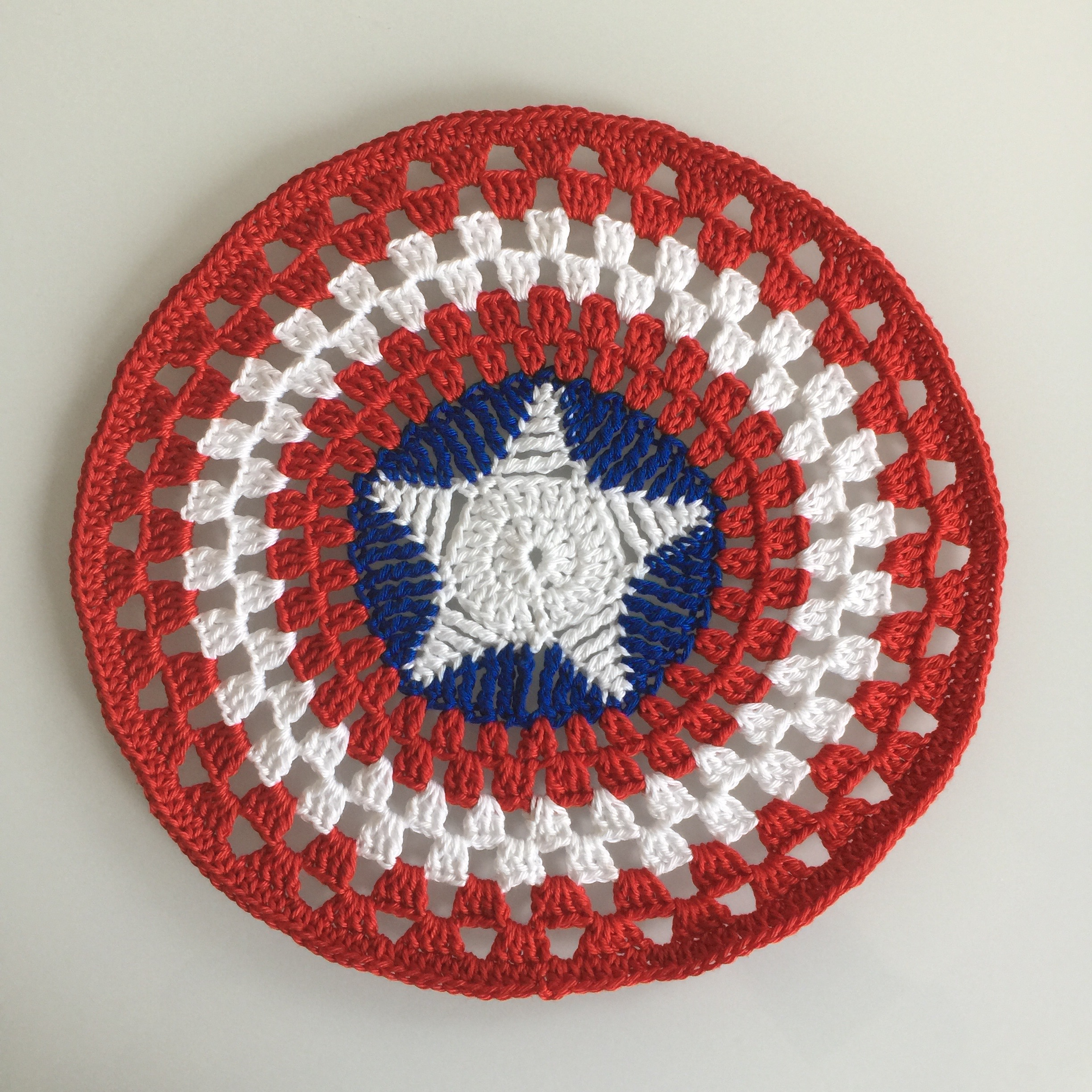 Crochet Captain America shield